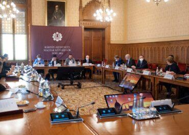 Az EMSZ képviselői újra beterjesztik Székelyföld autonómiatervezetét