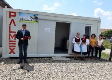 Teljesült a választási ígéret: átadták Esztelneken a tejcsarnokot